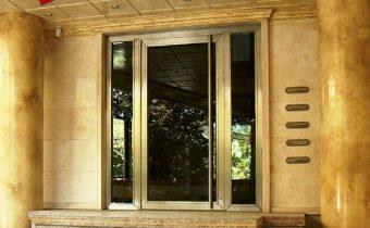 درب استیل و شیشه